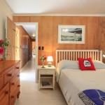 Queen Bedroom With Ensuite Bath